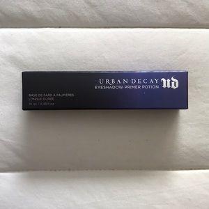 URBAN DECAY primer potion (eyeshadow base)